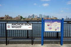Anchor iron wharf med Isle of Dogs i bakgrunden, Greenwich.