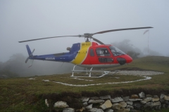Helikopter vid Hotel Everest View.