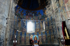Interiören i Surp Astvatsatsin (Holy Mother of God) church, Akhtala Monastery, Armenien.