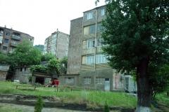Sovjetiska bostadshus, byn Sanahin, Armenien.