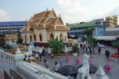 Mindre buddhisttempel vid Wat Traimit, Bangkok.