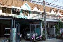 Framme vid huset norr om Bangkok där vi lagade middag.