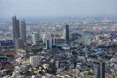 Fantastiska Bangkok från toppen av MahaNakhon.