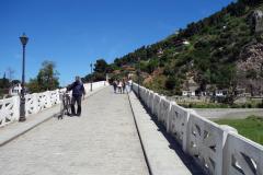 Bron Gorica som går över floden Osum, Berat.