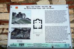 Beskrivning av Holy Trinity Church, Berat Castle, Berat.