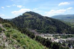 Utsikt över en del av stadsdelen Gorica från Berat Castle, Berat.