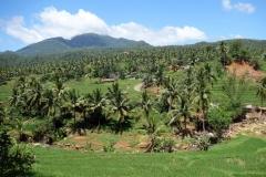 Utsikt längs vägen uppe i bergen på väg till Sampao Rice Terraces, Biliran.