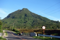 Naturen längs Naval-Caibiran Cross Country Road, Biliran.