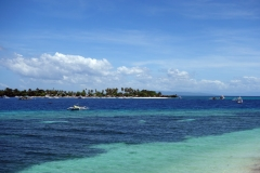 Tulang island en bit norr om Pacijan.