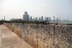 Las Murallas med Bocagrande i bakgrunden, gamla staden, Cartagena.
