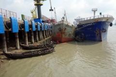 Fartyg i hamn, Sadarghat, Karnaphuli River, Chittagong.
