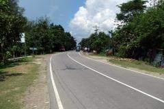 Den vackra kustvägen mellan Cox's Bazar city och Teknaf.