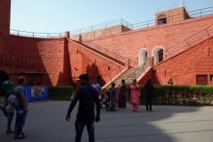 Här är jag på väg in i röda fortet, Delhi.