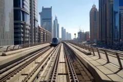 V.I.P-plats på tåget genom djungeln av skyskrapor, Dubai.