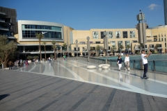 Dubai Mall och Dubai Fountain, Dubai.