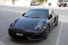 Porsche i stadsdelen Jumeirah, Dubai.