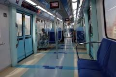 Tågvagnarna är supermoderna och väldigt rena i metron, Dubai.