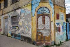 Graffiti på husfasad i Durrës.