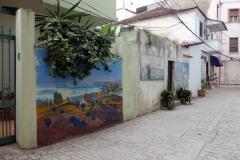 Graffiti på mur i Durrës.