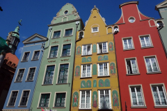 Fasader längs Długa-gatan, gamla stan, Gdańsk.