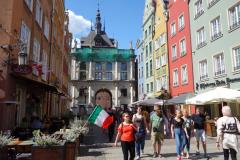 Gyllene porten i slutet av Długa-gatan, gamla stan, Gdańsk.