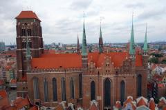 Mariakyrkan från stadshuset i Gdańsk.