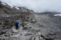 Bara några få personer på väg upp till Everest Base Camp idag!