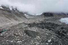Den fantastiska naturen vid den nordligaste delen av Khumbu-glaciären vid Everest Base Camp.