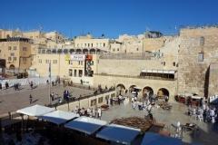 Del av Västra muren torg (Western Wall Plaza) sedd från rampen, Jerusalem.