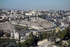 Utsikt från Olivberget med Maria Magdalena kyrka (Church of Mary Magdalene) längst ner till höger i bild, Jerusalem.