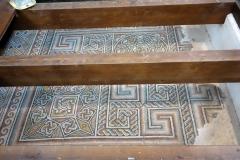 Resterna av den mosaik som fanns i den allra första kyrkan från år 325. Födelsekyrkan, Betlehem, Västbanken.