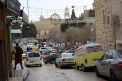 Vy över Manger Square med Födelsekyrkan i bakgrunden. Betlehem, Västbanken.