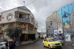 The Walled Off Hotel. Hotellet med världens sämsta utsikt. Finansierat av Banksy, Betlehem.