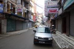 Ankomst med taxin till hotellet, Trekkers Home, Katmandu.