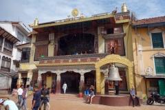 Tibetanskt kloster på området vid Boudhanath stupa, Katmandu.