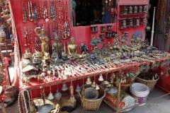 Souvenirförsäljning på Swayambhunath-komplexet, Katmandu.