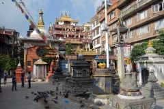 Tempelområdet vid Kathesimbhu stupa i centrala Katmandu.