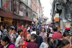 Gatuscen i centrala Katmandu,