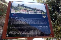 Informationsskylt om Skanderbegs slott, Kruja.