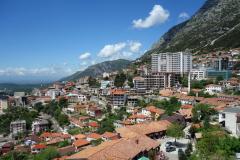 Utsikt från historiska museet över vackra Kruja.