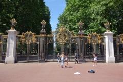 Canada Gate, en av entréerna till Green Park.