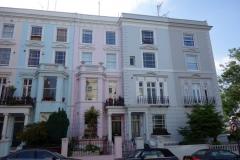 Fina bostäder i korsningen Chepstow Villas och Portobello Road.