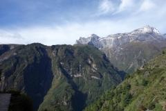 Ett sista foto på Kongde Ri (6187 m) från Namche Bazaar