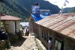 Centrala Monjo (2835 m).