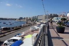 Strandpromenaden i Qawra.