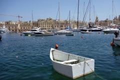 Billigare och mindre båt, Vittoriosa Yacht Marina, Vittoriosa.