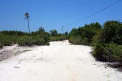 En av vägarna i Matemwe.