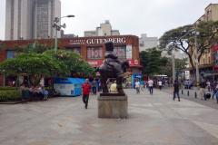 Skulptur av världsberömda konstnären Fernando Botero, Plaza Botero, Medellín.