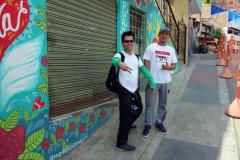 Guiderna Mario och Flako, Comuna 13, Medellín.
