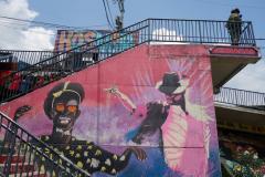 Tungt beväpnat i Comuna 13, Medellín.